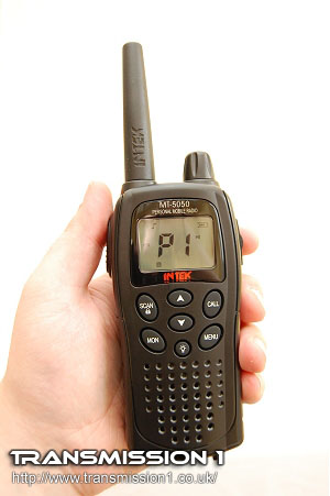 Intek MT-5050 PMR-446 Radio in the hand